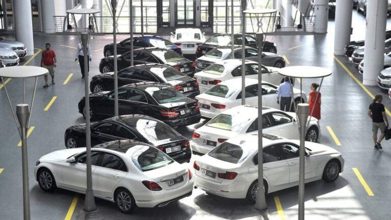 İkinci el otomobil fiyatları yine arttı