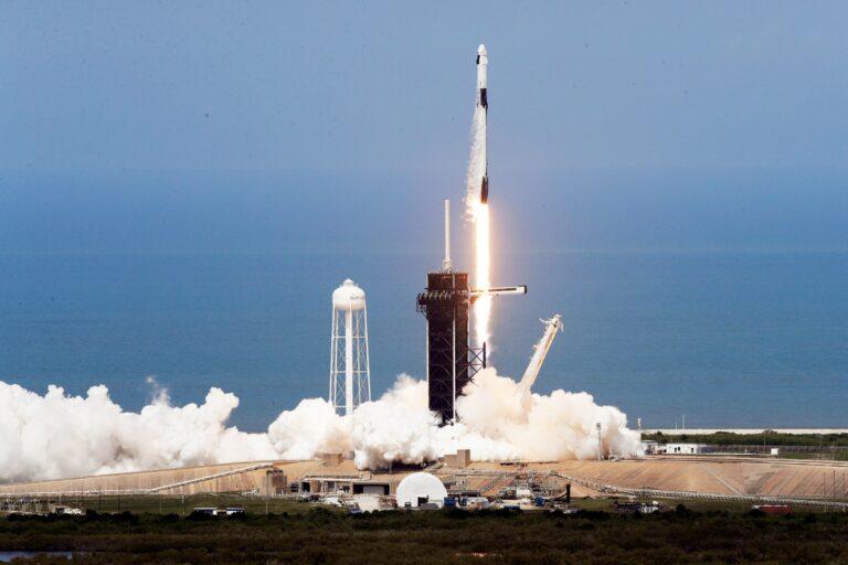 SpaceX uzay kuvvetleri için büyük destek sağlıyor