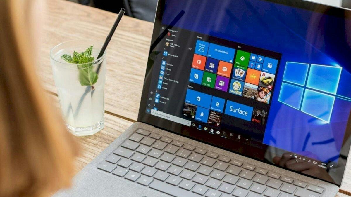 tablet ve bilgisayarlar öğrencileri