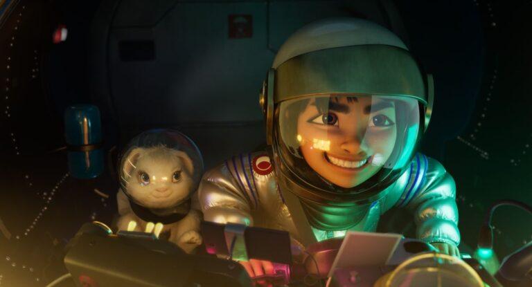 Netflix Bir Ay Masalı fragmanını paylaştı