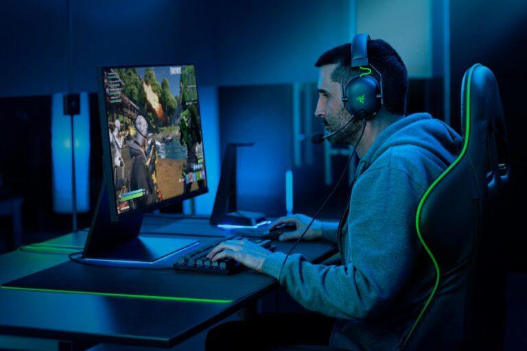 Razer, BlackShark V2 ile espor'un nihai kulaklığını duyurdu