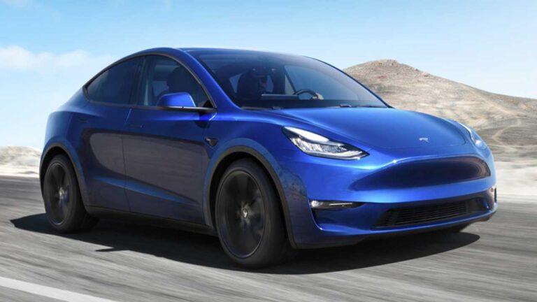 Otomobil fiyatları düşüyor mu? Tesla Model Y fiyatını düşürdü!