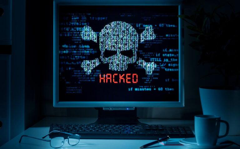 Milyarlarca şifre hacker'ların elinde