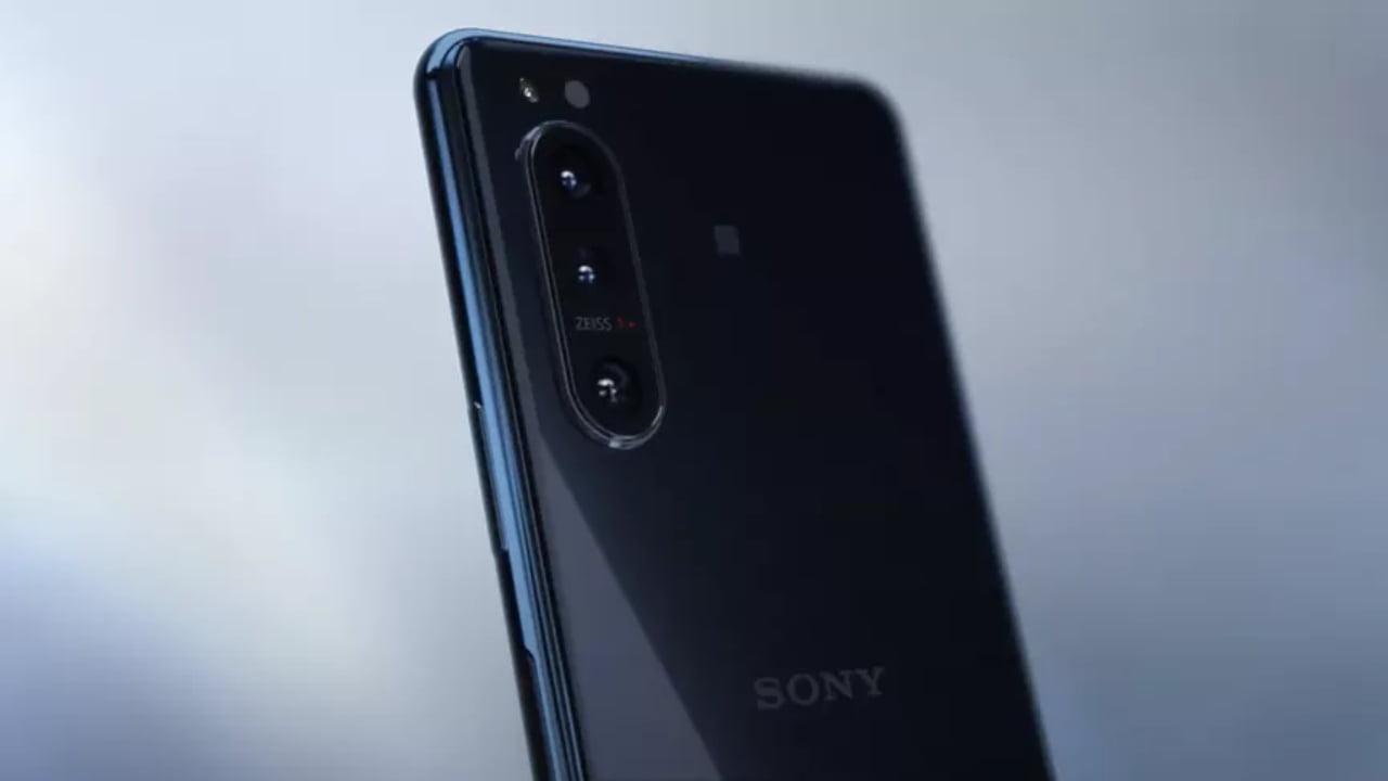 Samsung ve Sony cep telefonları