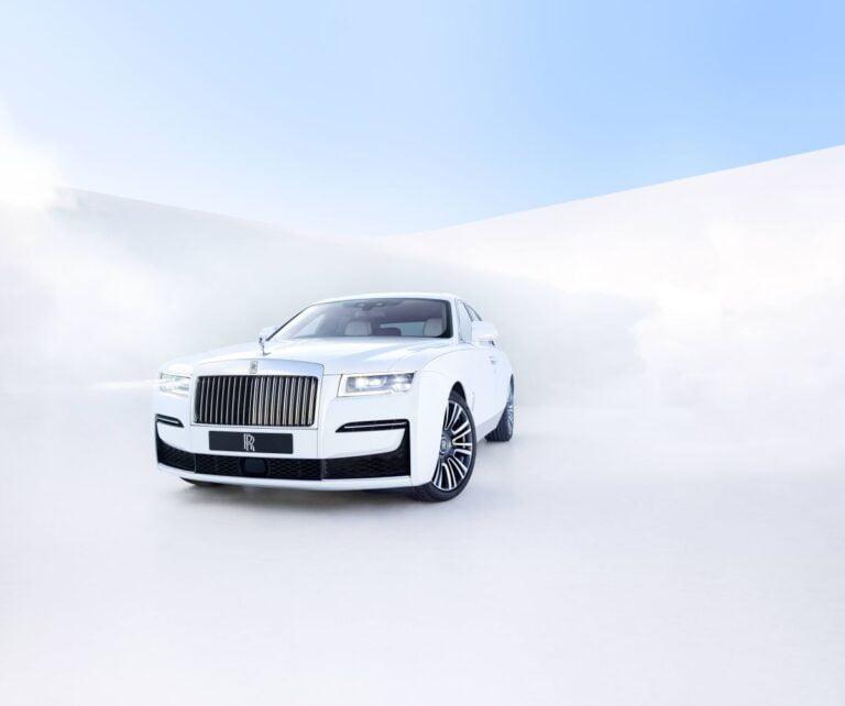 Rolls-Royce GHOST modeli ile büyüleyecek