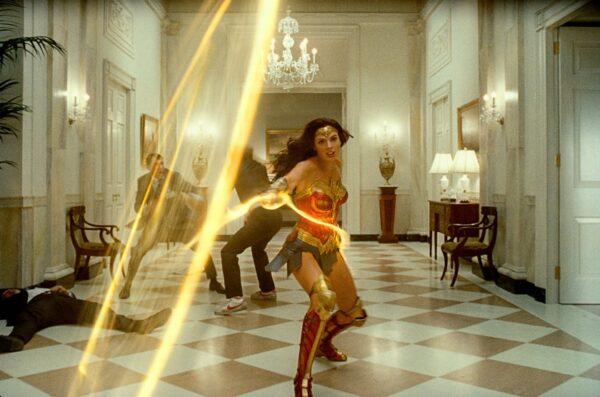 Wonder Woman 1984 ikinci kez ertelendi