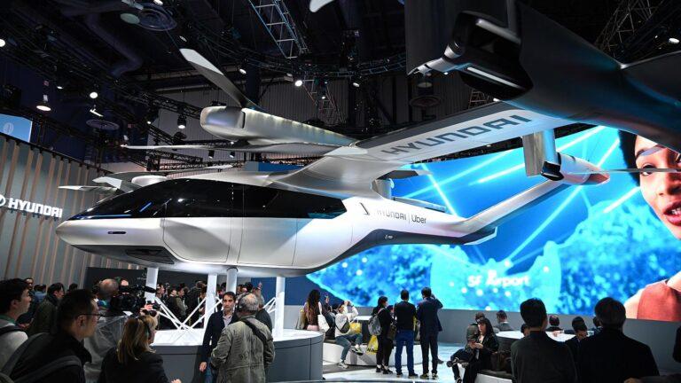 Hyundai uçan araba sözü verdi: Uçur bizi Hyundai!