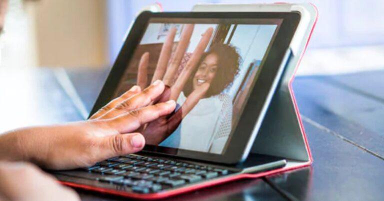 Nokia laptop işine girmek için kolları sıvadı