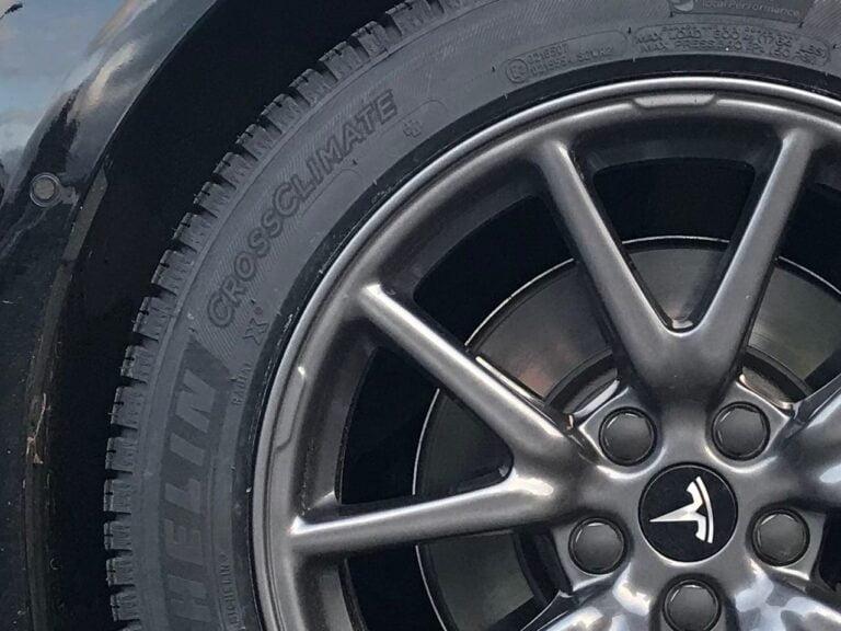 Tesla araçlarında yangın riski giderek artıyor