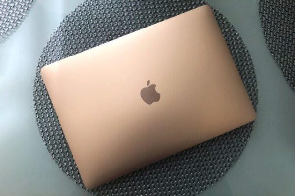 Apple MacBook Air yeni modeliyle daha ince ve hafif hale gelecek!
