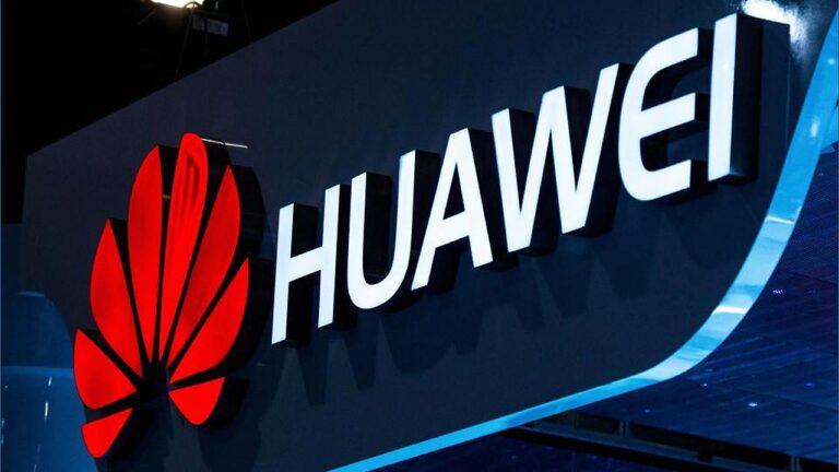 Donald Trump Huawei'ye son darbeyi indirdi!