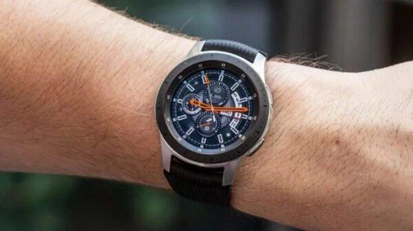 Samsung Galaxy Watch EKG çekme özelliği 31 ülkeye daha yayılıyor