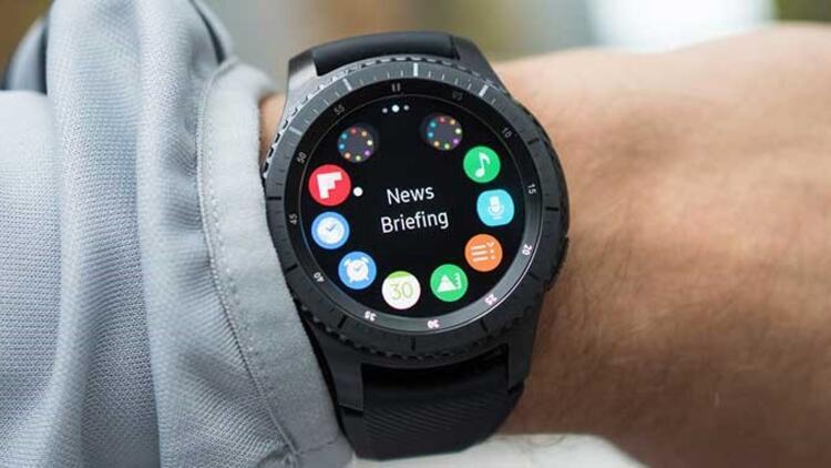 Samsung gelecekteki akıllı saati için Tizen değil Android kullanabilir