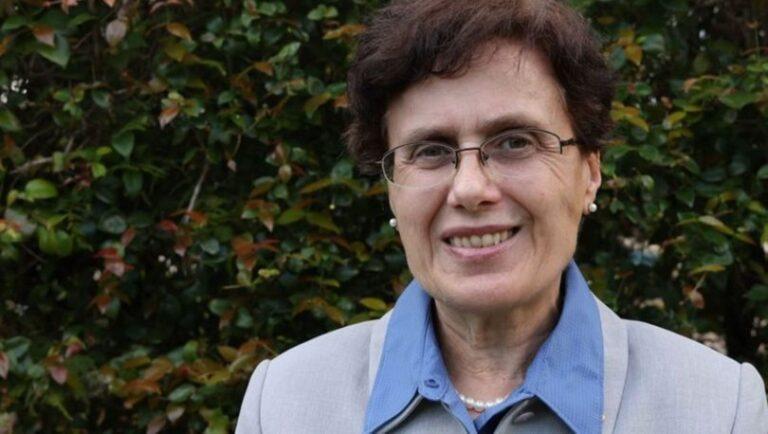 NASA'dan Türk Proföser Berrin Tansel 'e ödül