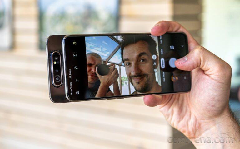 Samsung çıldırdı! 200 MP kameralı telefonlar geliyor!
