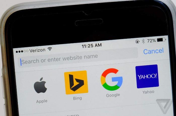 """Apple iOS güncellemesi, yetişkin içeriği olarak """"Asyalı"""" engelini kaldırıyor"""