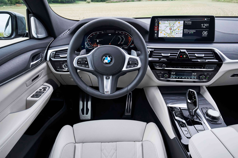 Tamamen elektrikli BMW i4 uçuk fiyatıyla Türkiye'de