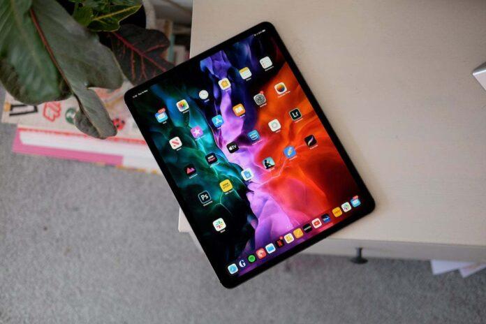 Apple iPad serisi ile rakiplerini dize getirdi