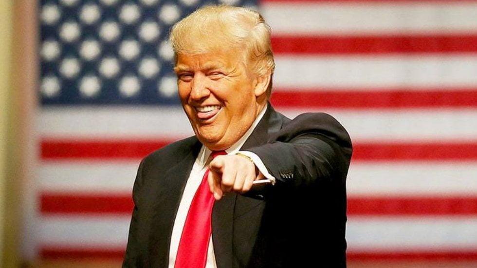 Donald Trump sosyal medya yasaklarına bir blog ile tepki verdi