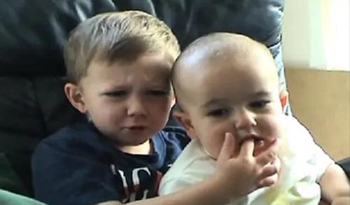 """""""Charlie parmağımı ısırdı"""" videosu YouTube'dan sonsuza kadar kaldırılabilir"""