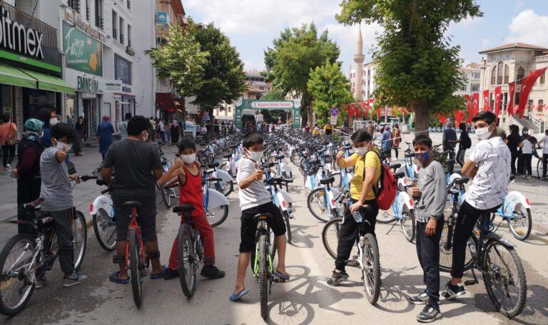 Türk Telekom ve Aksaray Belediyesi'nden yeni nesil bisiklet sistemi projesi