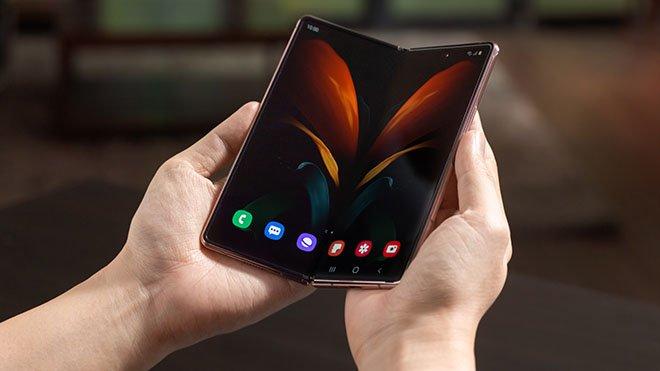 Samsung Galaxy Z Fold 2 satışını durdurdu