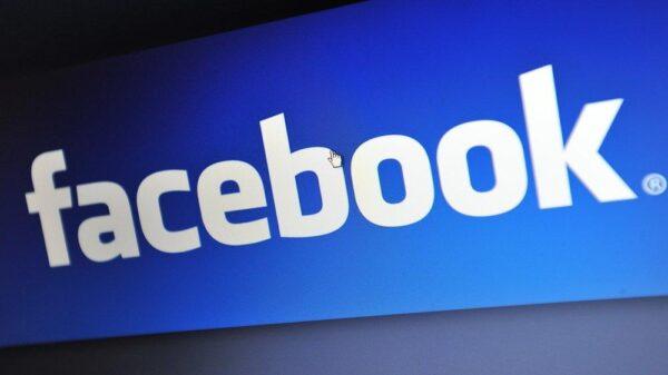 Facebook ilk akıllı saatini çıkarmaya hazırlanıyor