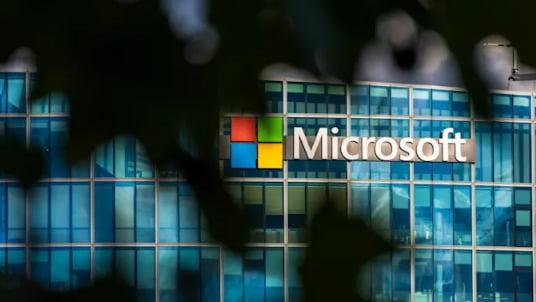 Amazon ve Microsoft arasındaki ipler geriliyor