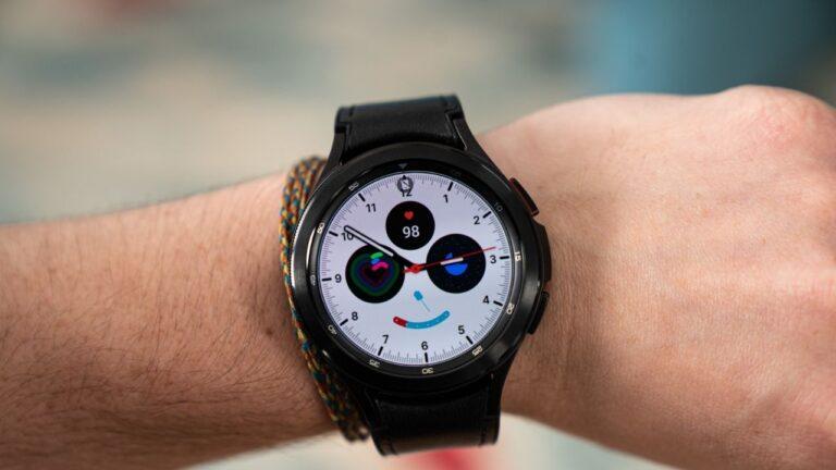 Samsung Galaxy Watch 4 ve Watch 4 Classic başka bir ürün yazılımı güncellemesi daha alıyor