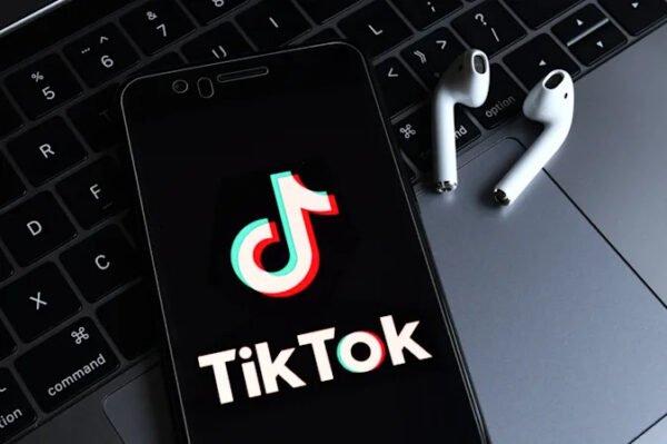 TikTok, 'rahatsız edici içerikler' için arama sonuçlarına uyarılar ekliyor