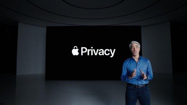 Apple çalışanları şirket içi uygulamalarda değişiklik talep ediyor