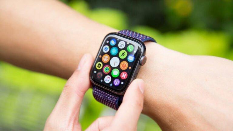 Apple, akıllı saat pazarına öncülük ediyor!
