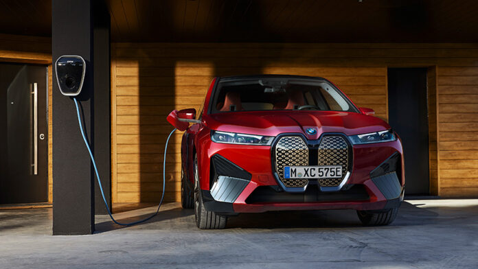 BMW yeni elektrikli otomobil