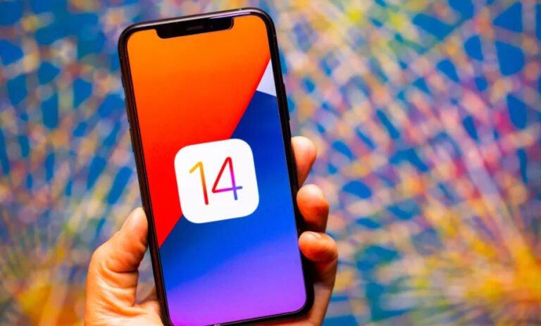 Apple delikli ekran tasarımına geçiyor!
