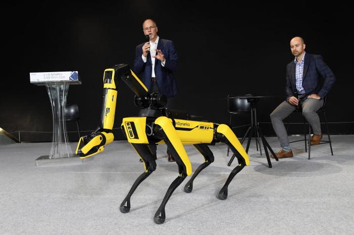 Hyundai, Boston Dynamic'in robotlarını güvenlik müfettişi olarak işe alıyor