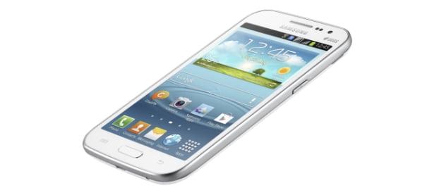 Samsung Yeni Akıllı Telefonu GALAXY Win 'i Tanıttı