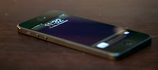 iPhone 5S'te Çizilme Problemleri Yaşanıyor