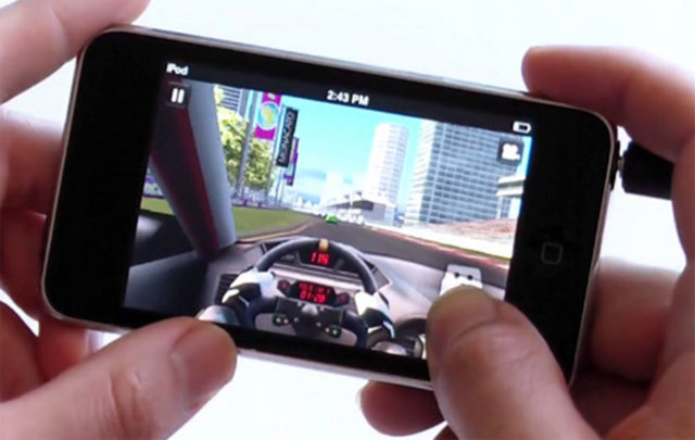 Blackberry 10'a Real Racing 3 Geldi